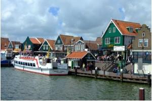 Что манит туристов в Амстердам