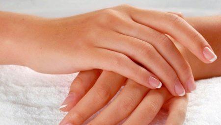 Как правильно ухаживать за руками в домашних условиях?