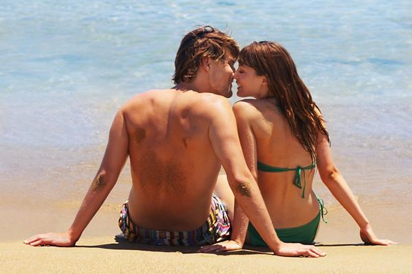 Любители курортных романов и мужчины и женщины