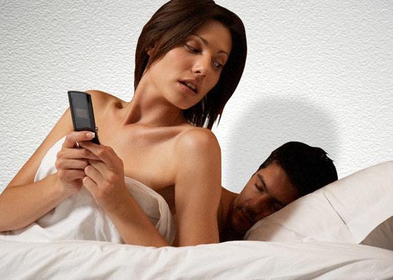 porno-video-onlayn-muzh-zhena-i-podruga